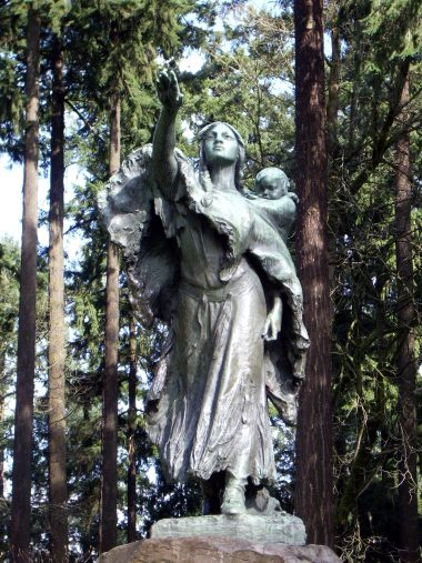 Statue of Sacajawea in Portland, OR
